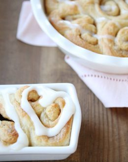 Heart shaped cinnamon roll gift with free printable gift tags