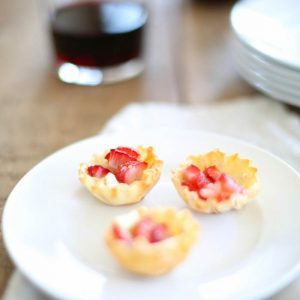 Easy Strawberry Brie Bites appetizer recipe