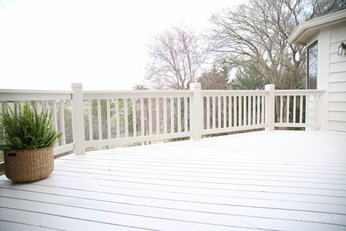 Learn the tips & tricks for a beautiful deck
