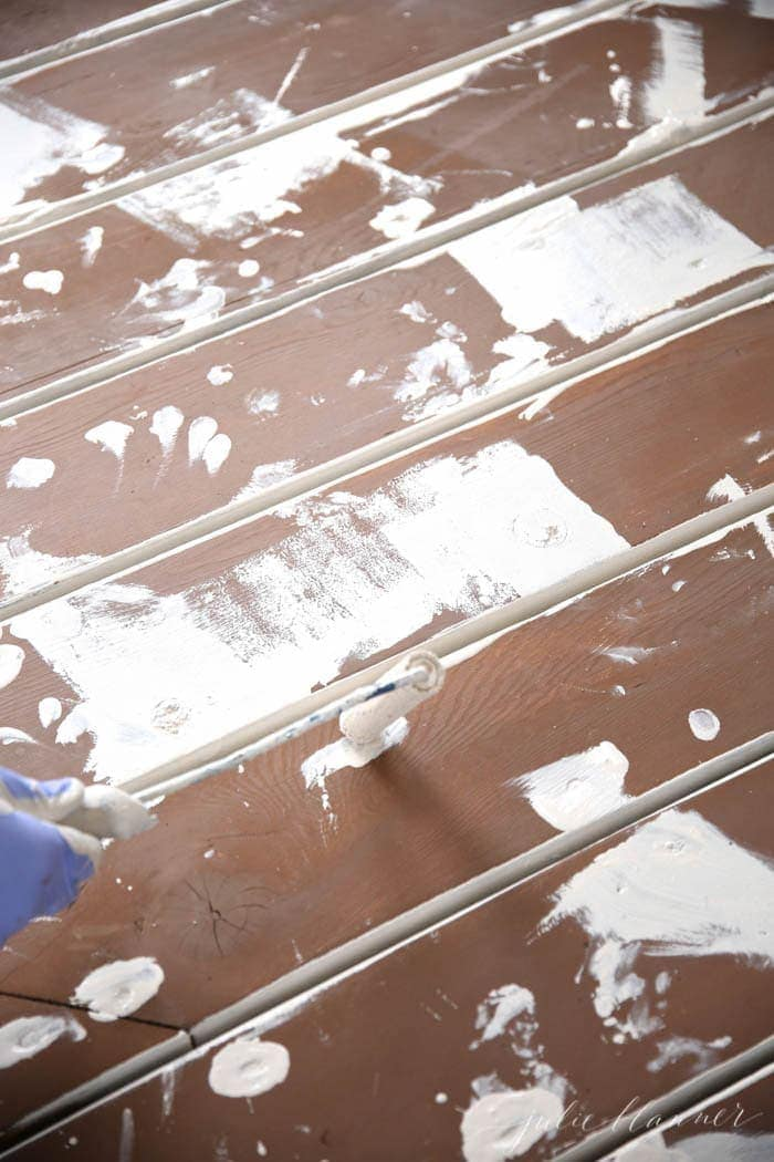 The best tips for staining a deck