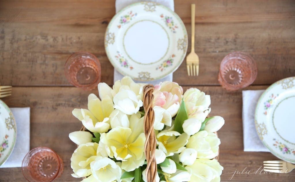 Beautiful spring table setting - perfect for Mother's Day, Easter, showers & brunches