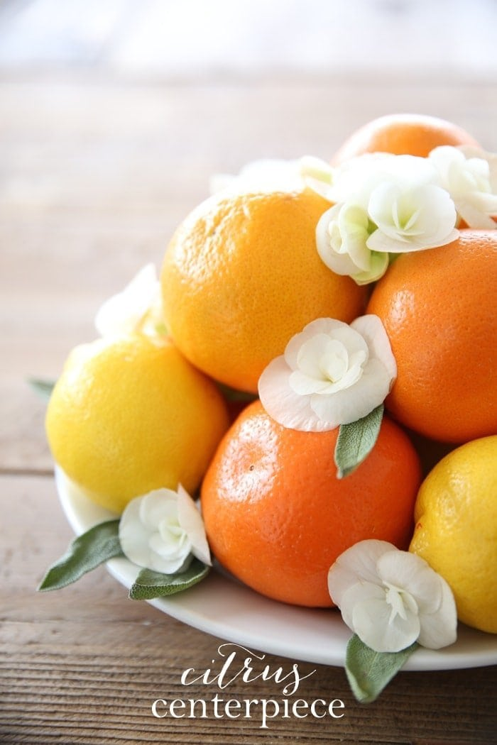 Simple summer centerpiece made of citrus - get the easy DIY details!