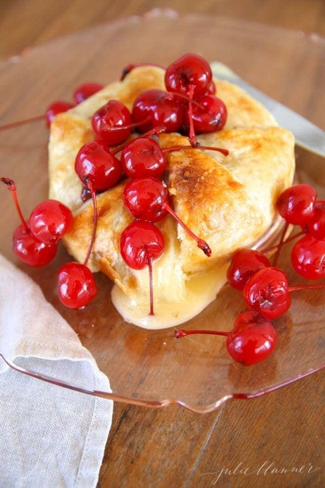 Easy summer appetizer idea | Balsamic Cherry Baked Brie