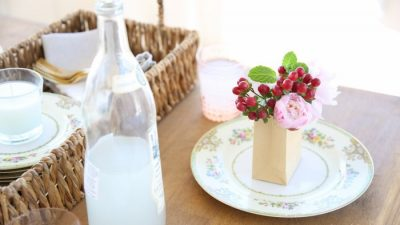 Step by step tutorial to arrange flowers