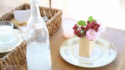 Step by step tutorial to arrange flowers