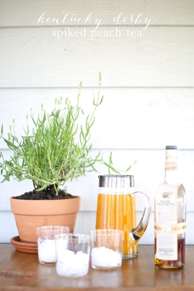 Kentucky Derby Drink | Spiked Peach Sweet Tea