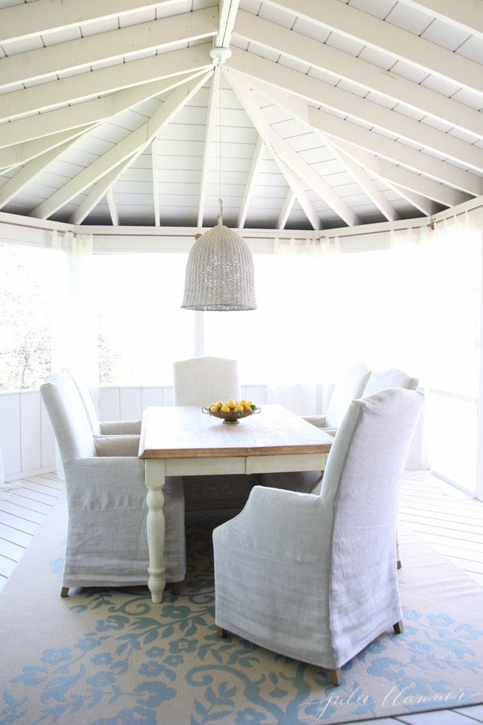 Outdoor Dining Room | Screened in porch ideas