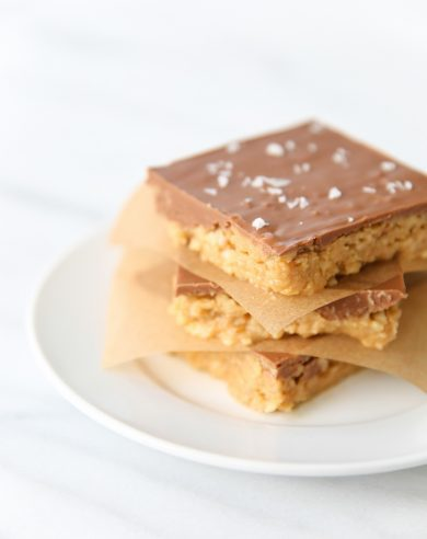 No Bake Peanut Butter Bars with a chip crust for an incredible sweet & salty combo in just minutes!