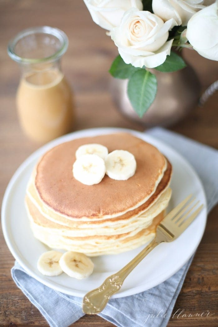 Thick pancakes with peanut butter syrup recipeThick pancakes with peanut butter syrup recipe