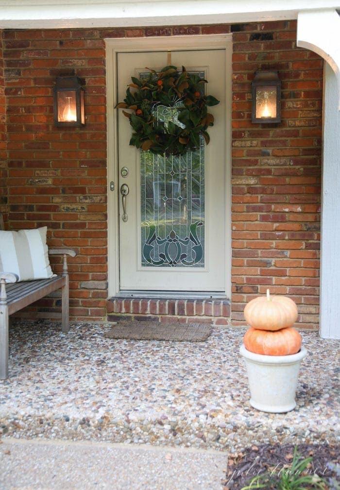 Pretty fall front porch decorating ideas