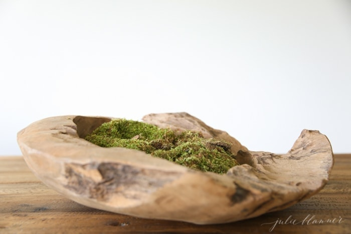 moss in wooden centerpiece