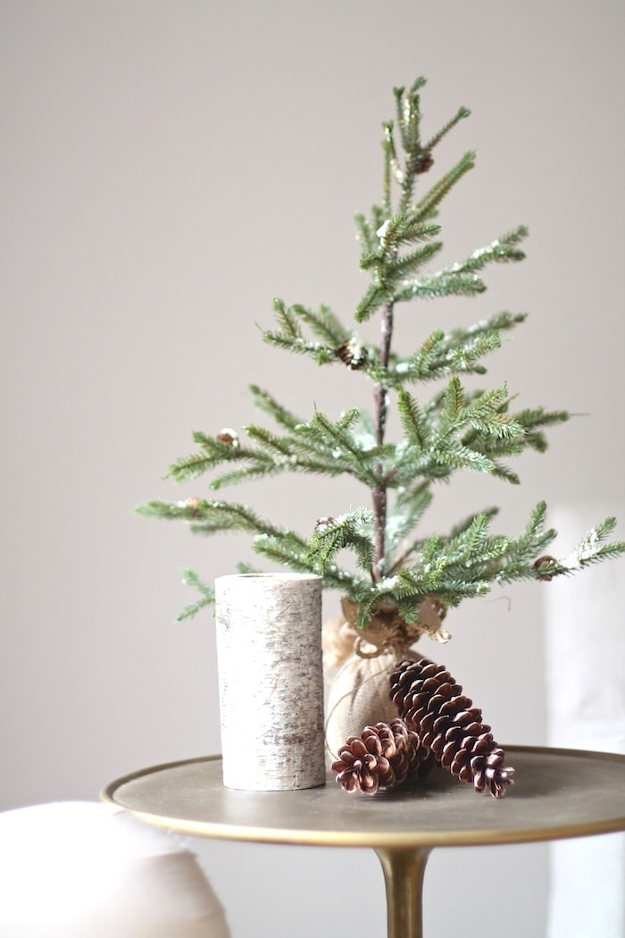 Fall to winter decorating ideas - decorating for Christmas before Thanksgiving