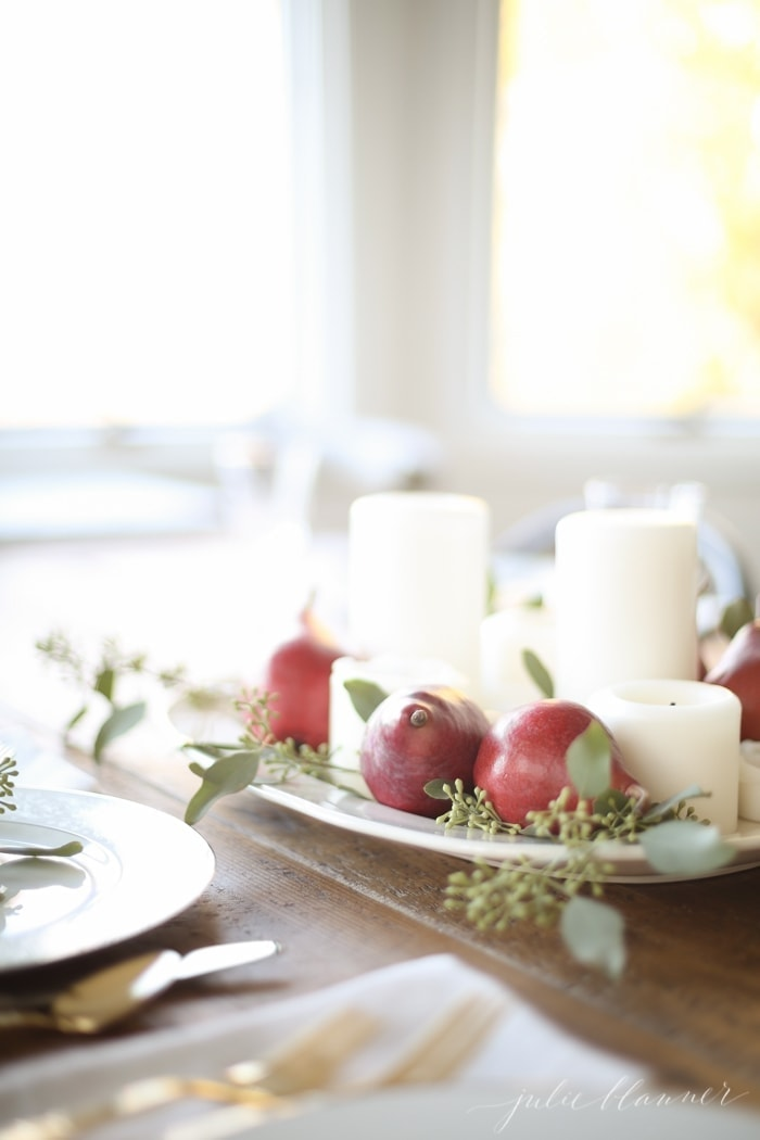 Thanksgiving table arrangement with pears