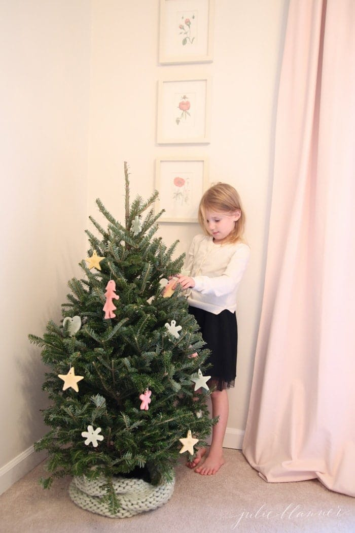 decorating-kids-rooms-for-christmas