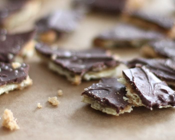 Incredible easy saltine toffee recipe