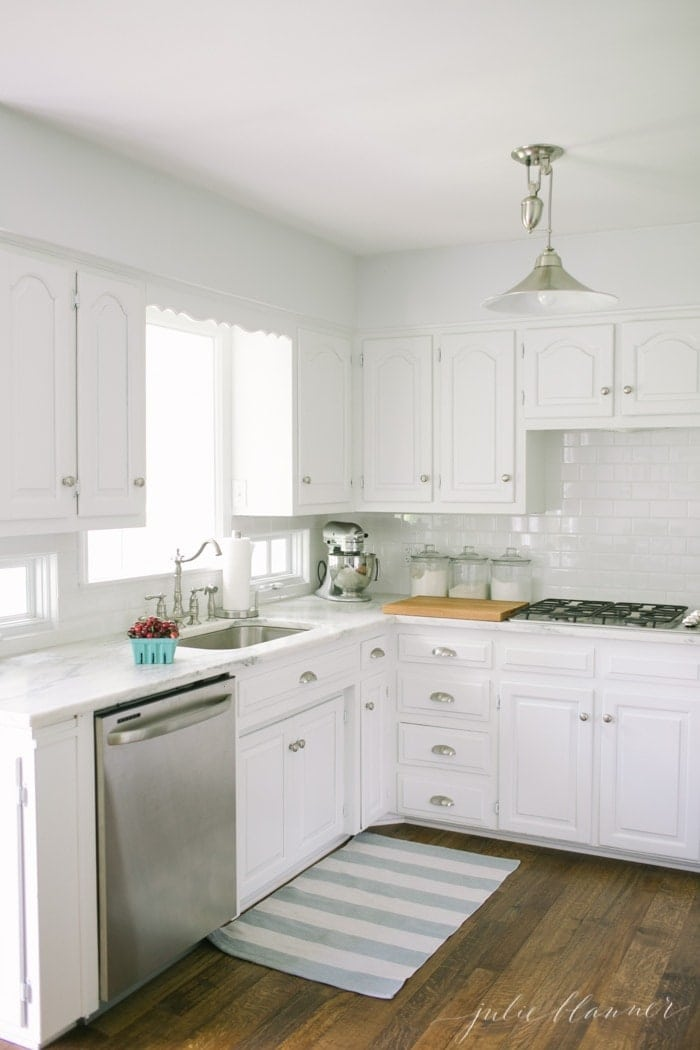 The easiest way to update a kitchen