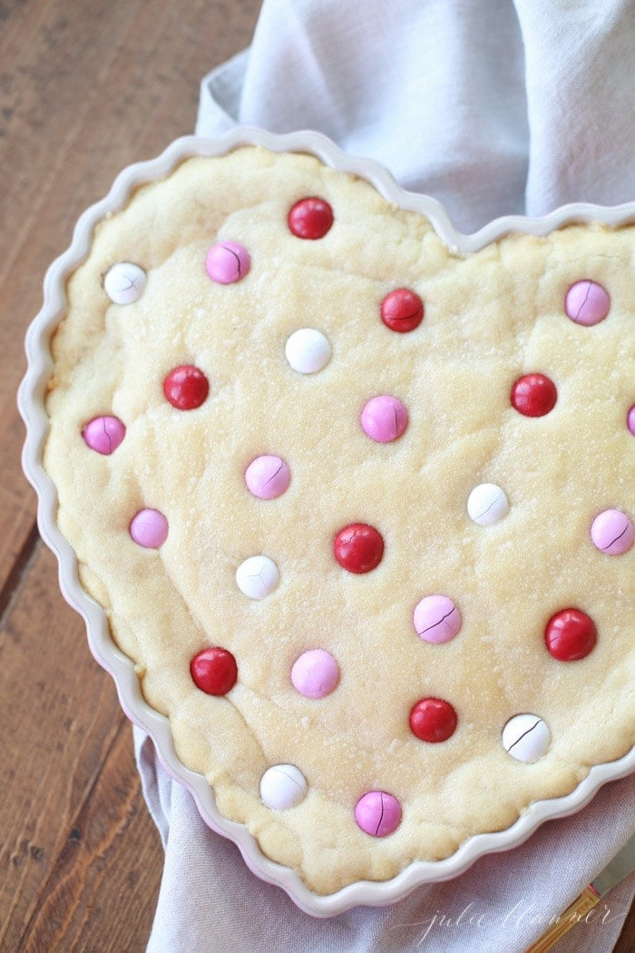 Easy Sugar Cookie Cake Recipe Birthday And Valentine S Day