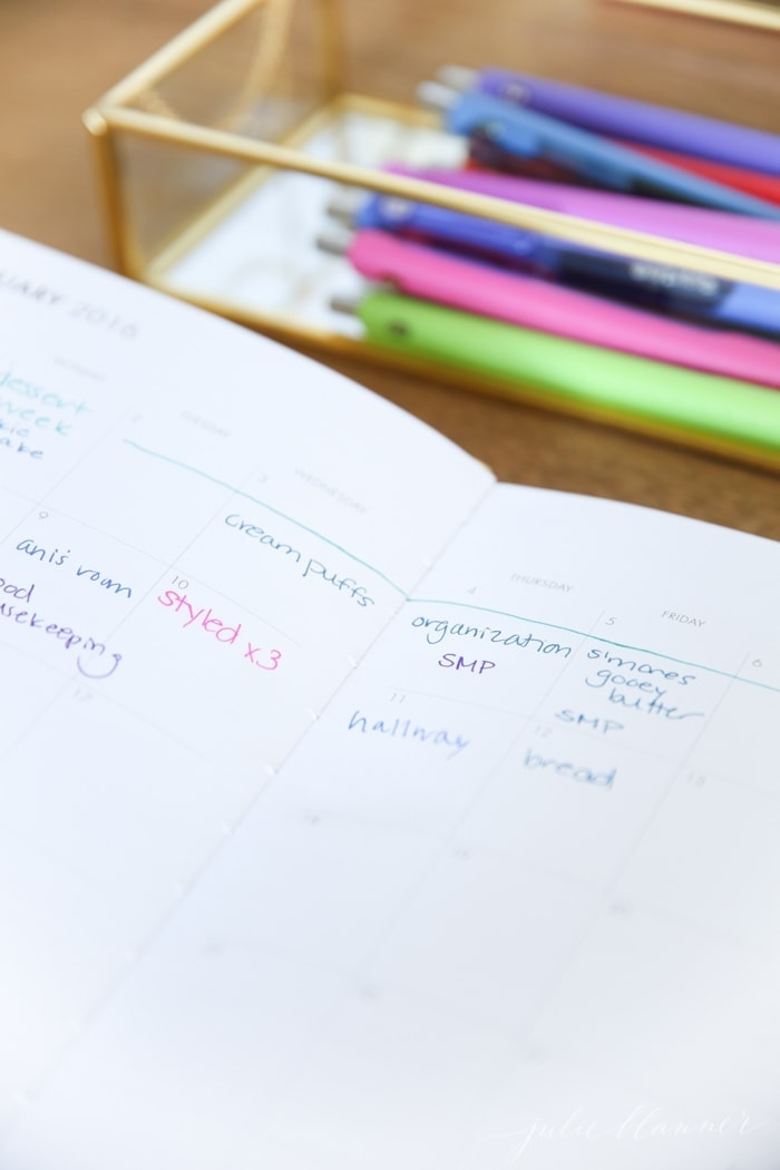 how to organize your calendar and schedule with colorful pens