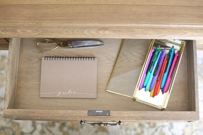 Brilliant ideas for an organized home office and schedule