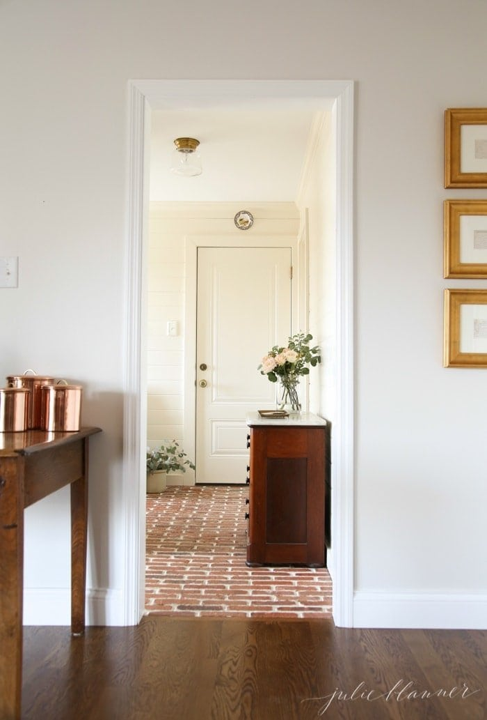 Stunning mudroom design from luxury home blogger Julie Blanner