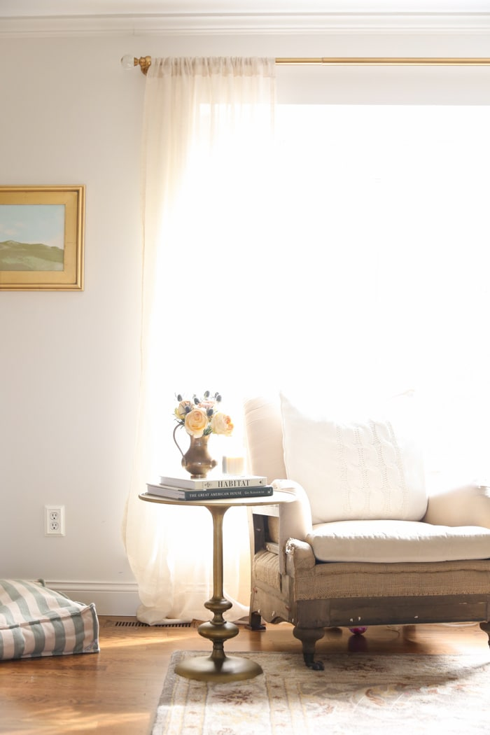 10 ways to make a small room look bigger