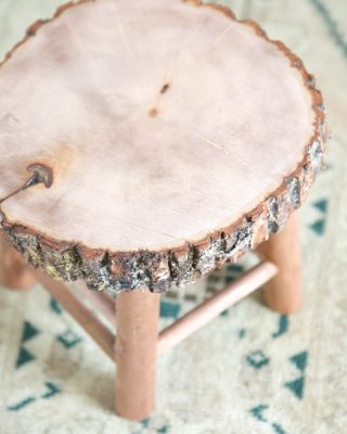 How to make a rustic wood bathroom stool in just a few minutes!