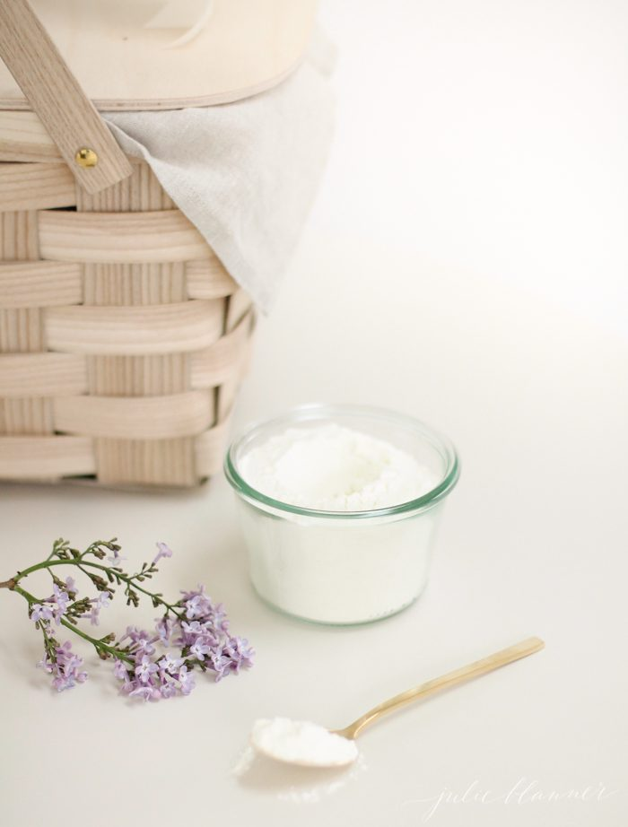 Easy and beautiful homemade bath milk - perfect bridesmaid or Mother's Day gift