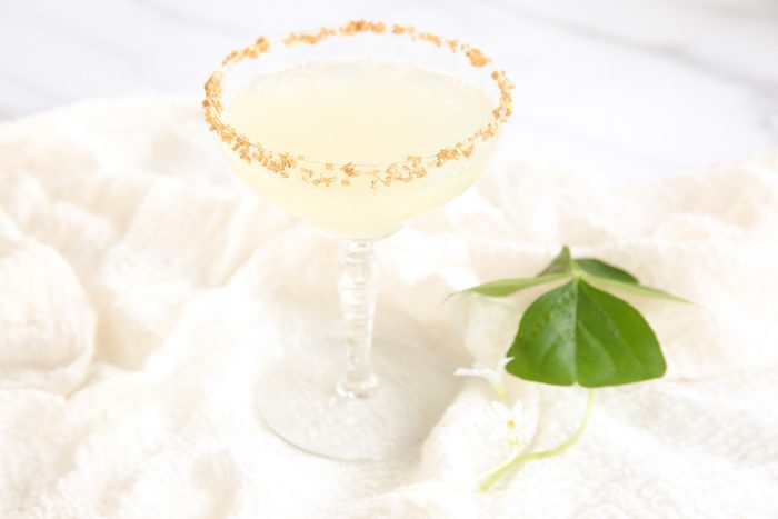 Shot of Gold - a refreshing sparkling lemonade St. Patrick's Day cocktail