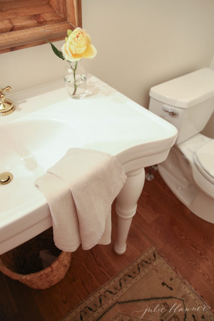 Tips for remodeling a small half bath