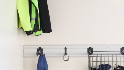 A garage organization system with running gear