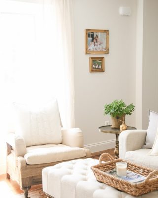 neutral living room | spring decor