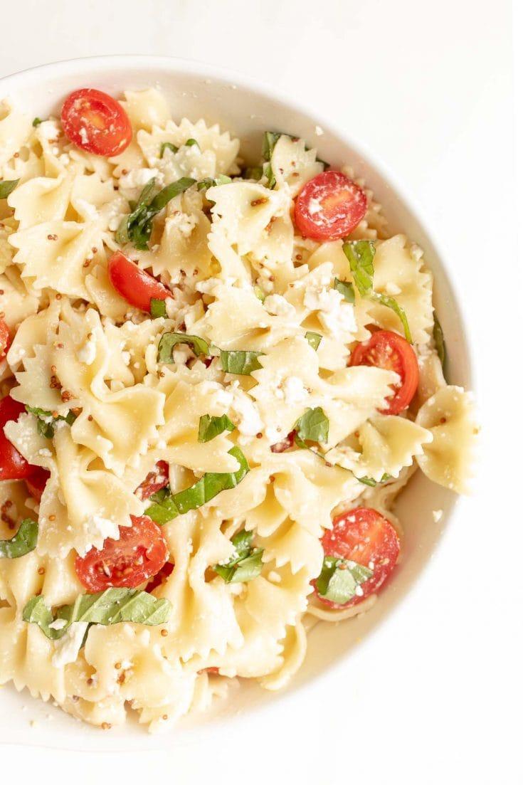 Oito das melhores receitas de salada de macarrão 8