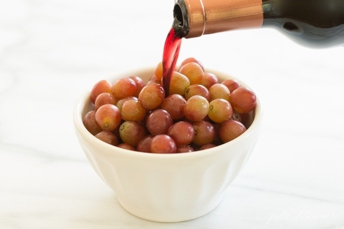 how to make wine marinated frozen grapes
