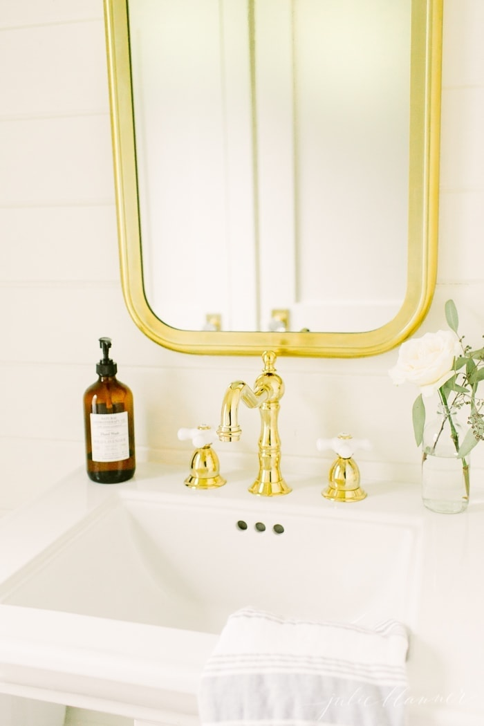 beautiful cream and brass bathroom | modern bathroom