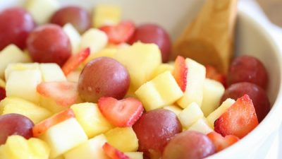 vanilla fruit salad recipe - a long time family favorite and great back-to-school lunch