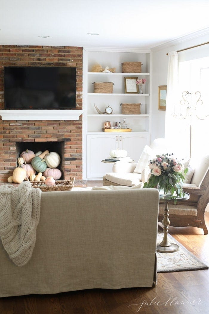 the softer side of fall | alternative fall decorating ideas