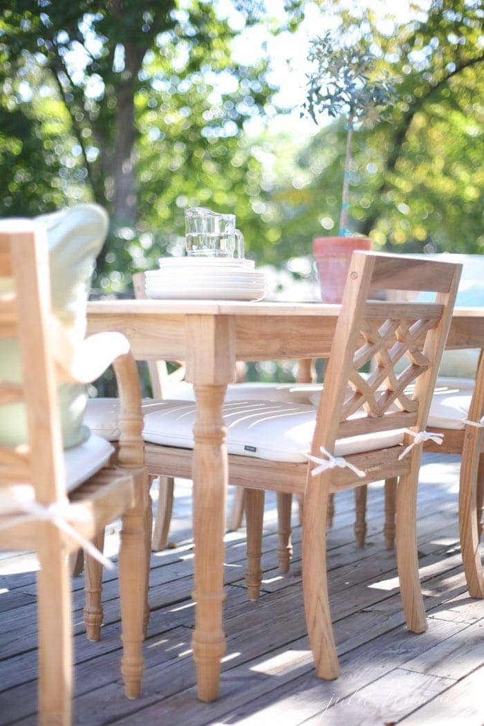 Outdoor Dining Set   Patio Furniture And Deck Decorating Ideas