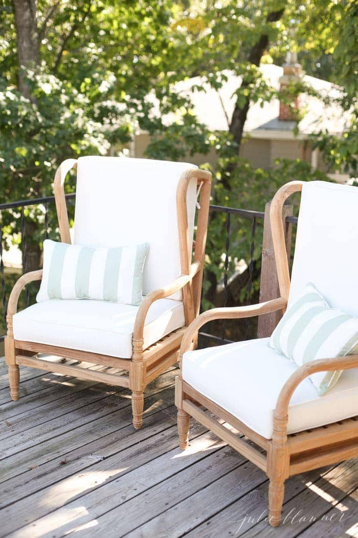 Patio Furniture For The Lake Cottage