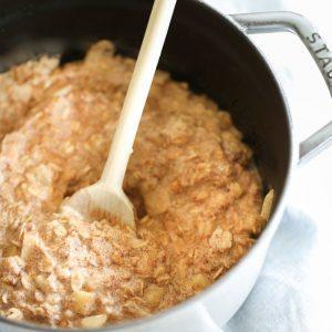 A taste of fall - apple pie oatmeal recipe