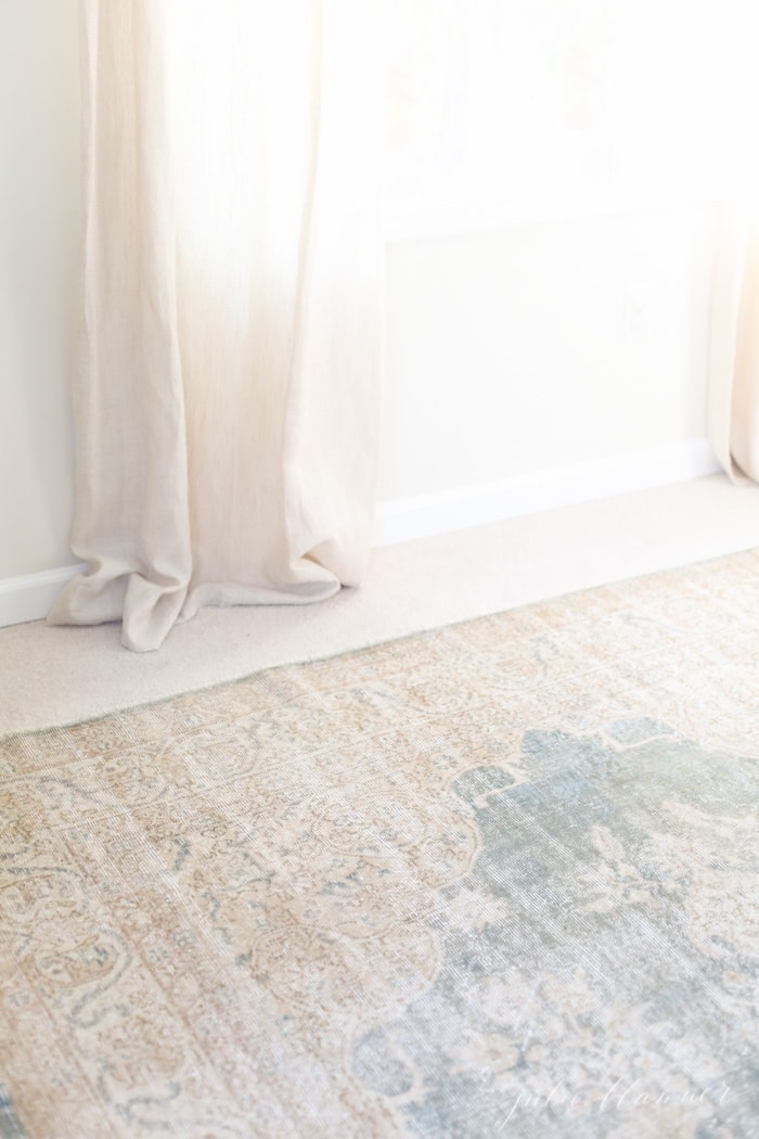 tips for purchasing a traditional rug
