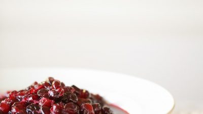 Easy cranberry sauce recipe - with red wine!