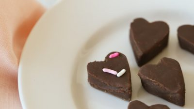 classic chocolate fudge recipe {made with real milk!}
