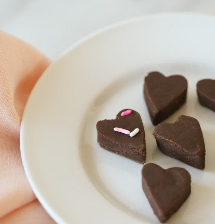 classic chocolate fudge recipe {made with real milk!}