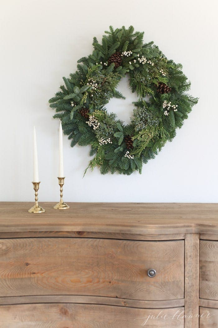 fresh Christmas decorations | fragrant wreath