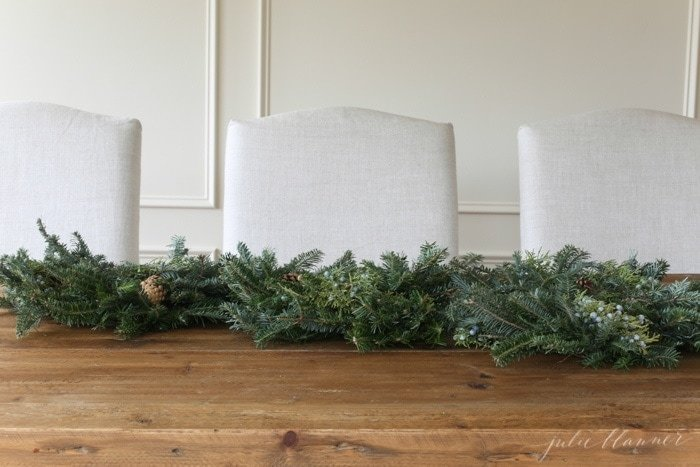 how to create a simple holiday centerpiece in minutes