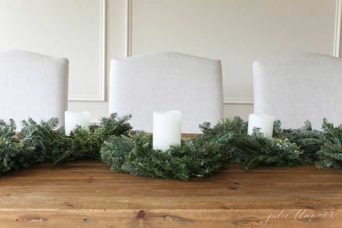 easy entertaining tips and a simple holiday centerpiece
