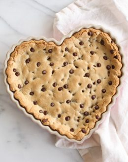 the best cookie cake recipe - thick, chewy chocolate chip cookie cake