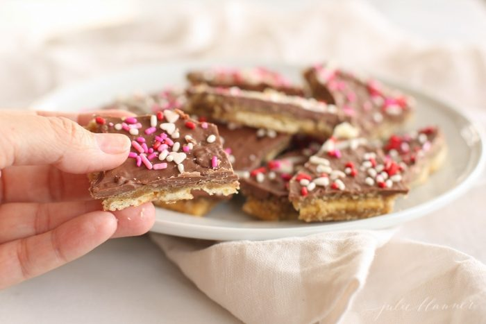 easy toffee made with saltines {but no one will ever know!}