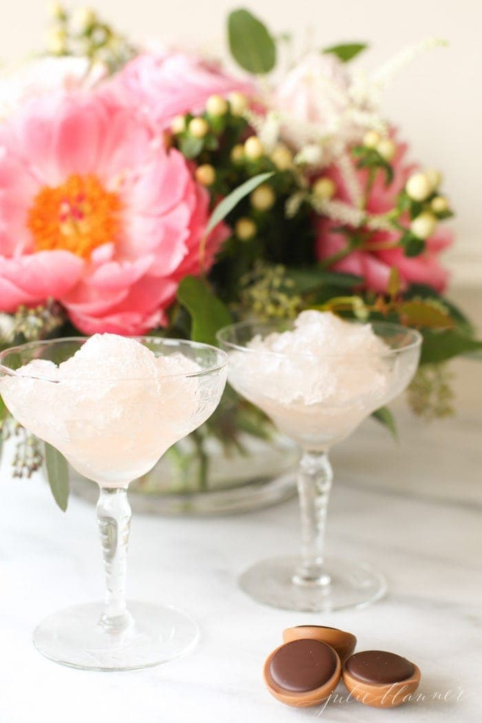 2 ingredient 5 minute rosé slushies