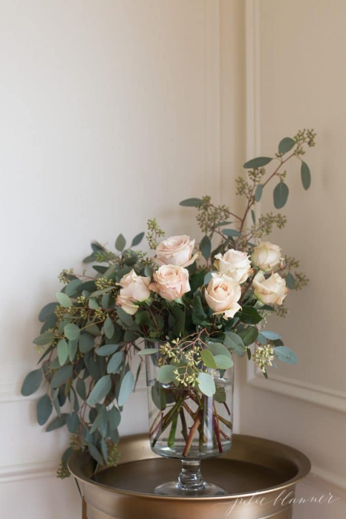How To Make Simple Floral Arrangements